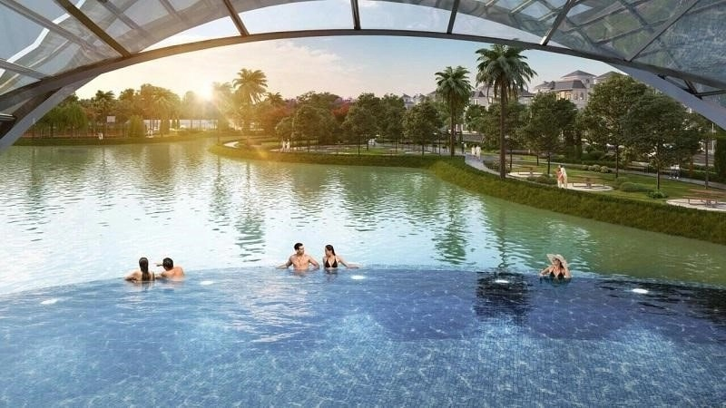 Hồ bơi ngoài trời đẳng cấp của dự án Vinhomes Green Villas