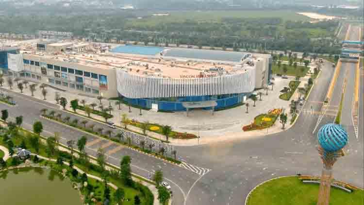 Trung tâm thương mại Vincom Megamall đã xây xong đang hoàn thiện nội ngoai thất